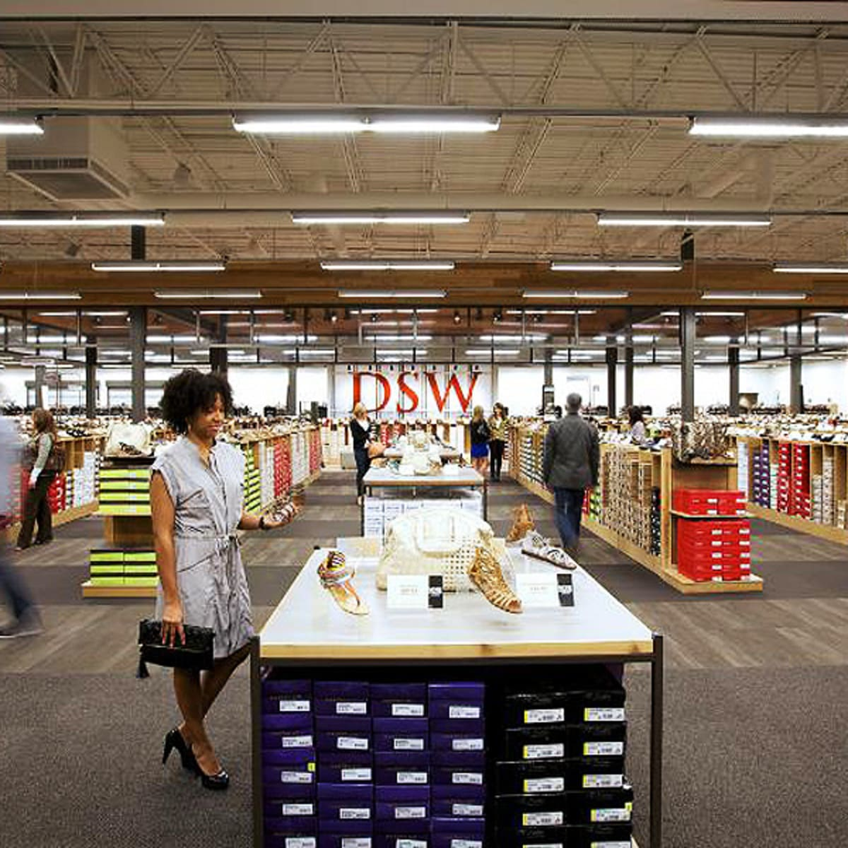 DSW Shoes Canada: This is Happening