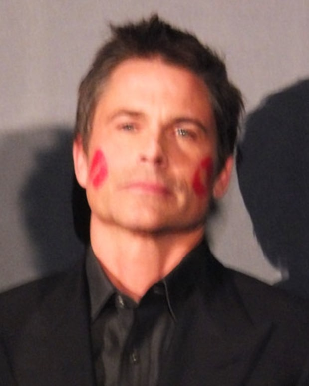 Rob Lowe and lipstick_P&G Beauty and Grooming Awards 2012
