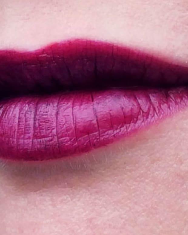 Chanel Rouge Allure Velvet Lipstick in La Provocante