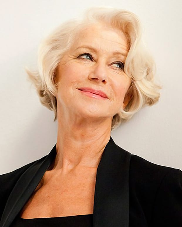 Helen Mirren_L'Oreal Paris Age Perfect_photo©Simon Emmett