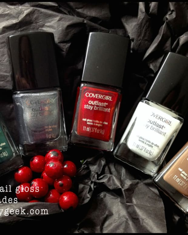 Covergirl Nail Holiday 2014