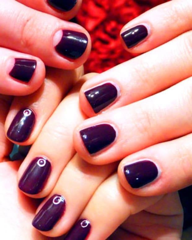 Revlon Colorstay Longwear Nail Polish in Bold Sangria