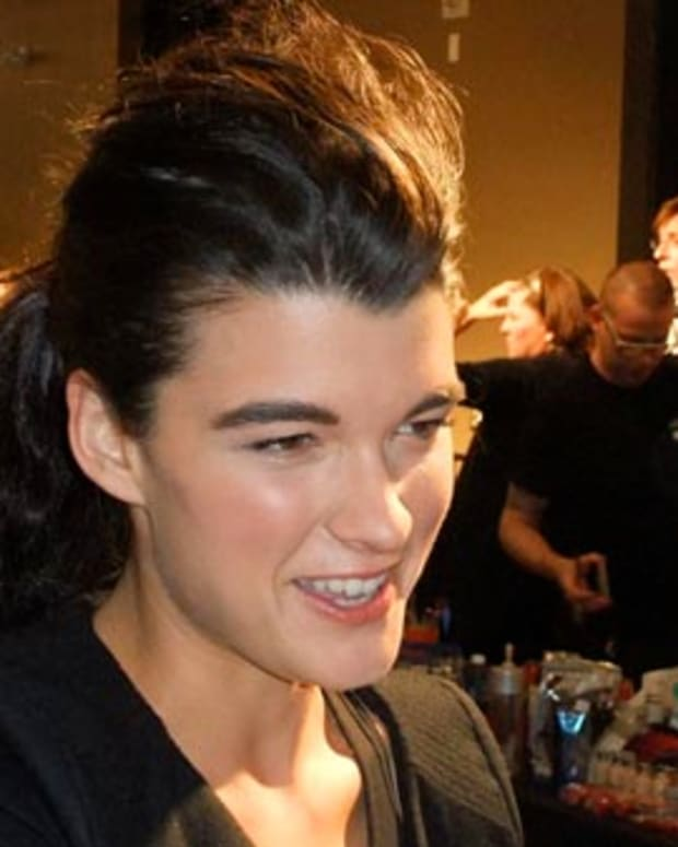 Crystal Renn backstage b4 the Joe Fresh show_LG Fashion Week Fall 2010_photo by Janine Falcon