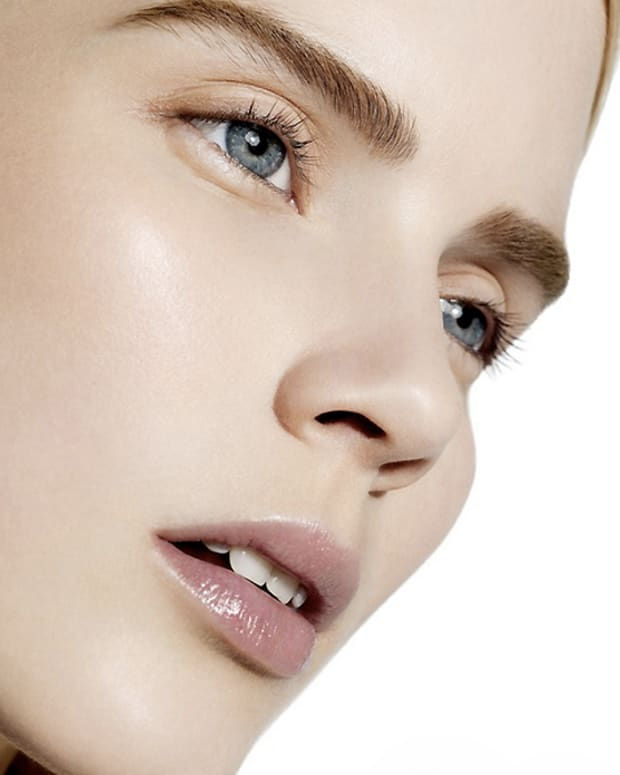 Joe Fresh Skincare_joe fresh beauty image_makeup simone otis