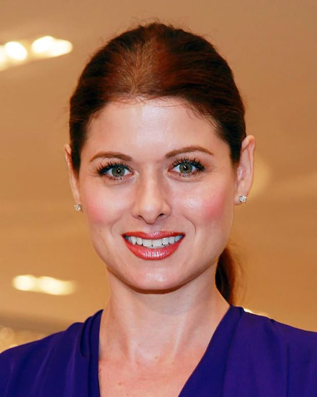 How to avoid hot roots when colouring your hair_DEBRA MESSING_imabeautygeek.com