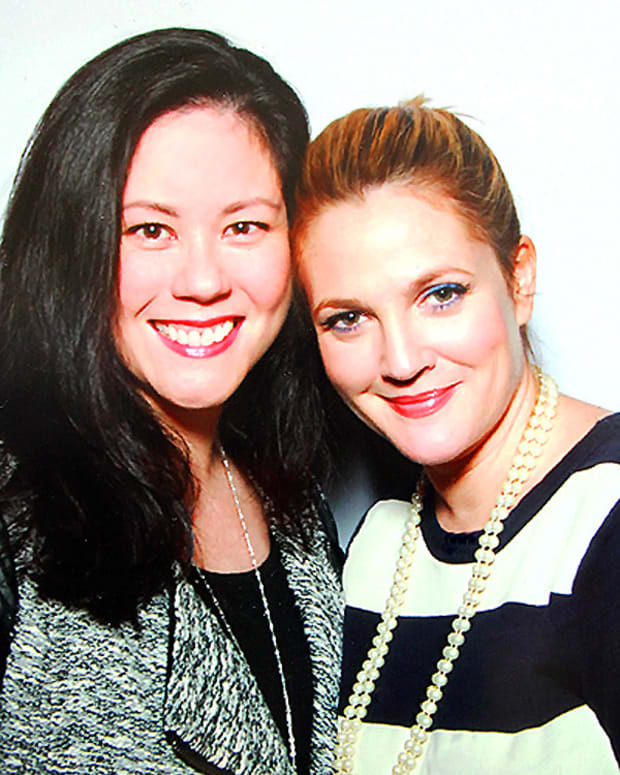 drew barrymore_janine falcon imabeautygeek.com_flower beauty in canada_nov2014