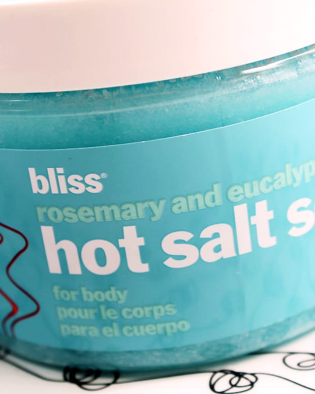 Bliss Hot Salt Scrub_rosemary_eucalyptus_BEAUTYGEEKS