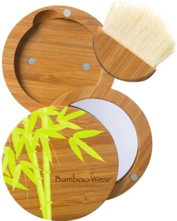 Physicians Formula Bamboo Wear refillable compact