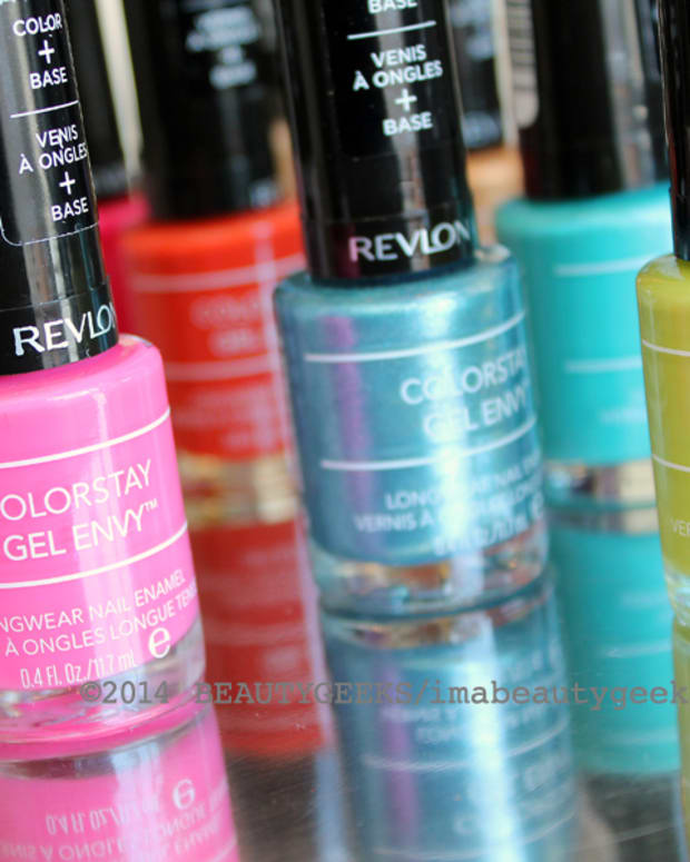 Revlon ColorStay Gel Envy nail polish_like CND Vinylux maybe