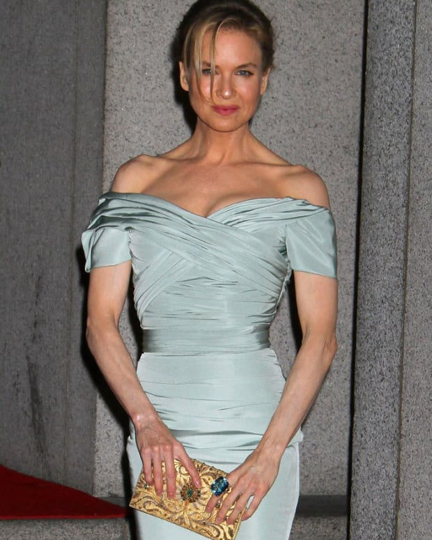 Renee-Zellweger_Night-of-Stars-2012_clutch