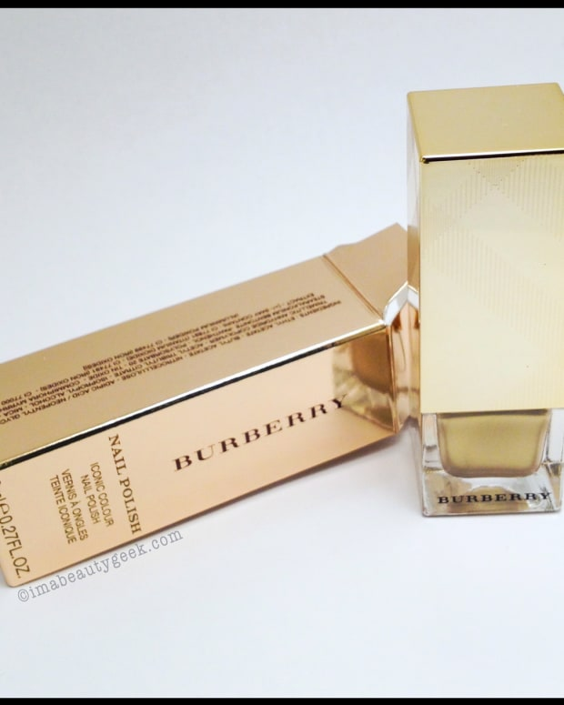 Burberry Light Gold 107