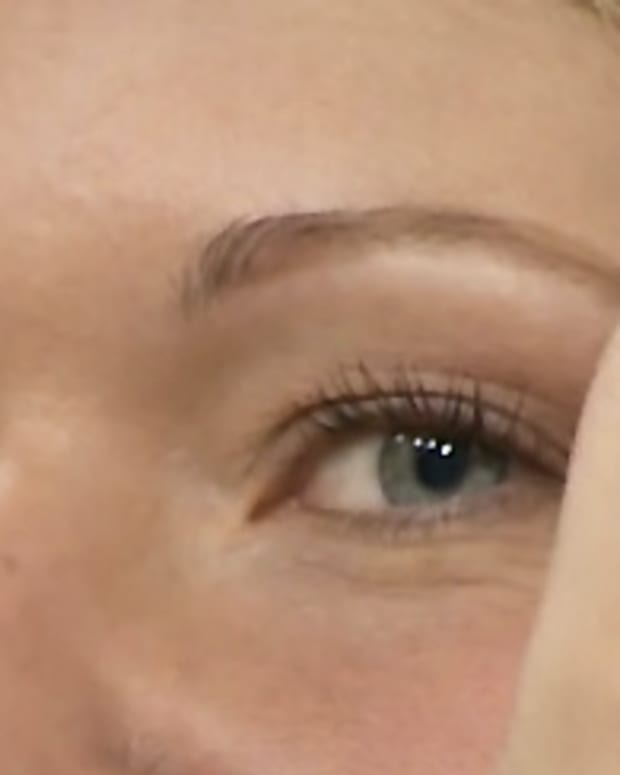 brow tint pen_Karen_Marilyn Denis
