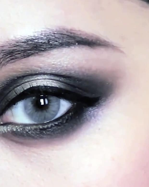 Michelle Phan smoky eye_three guys try a smoky eye_via MASHABLE