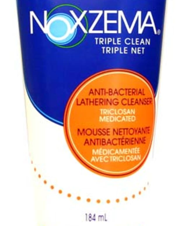 NoxzemaAnti-BacterialLatheringCleanser