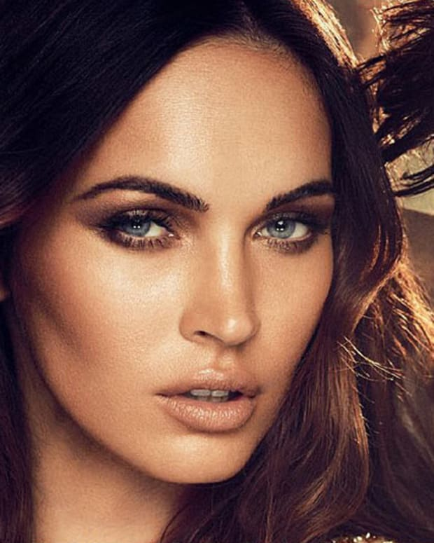 Megan Fox Avon Instinct_Marlon_closeup
