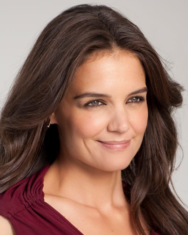Katie Holmes_Olay_cropped