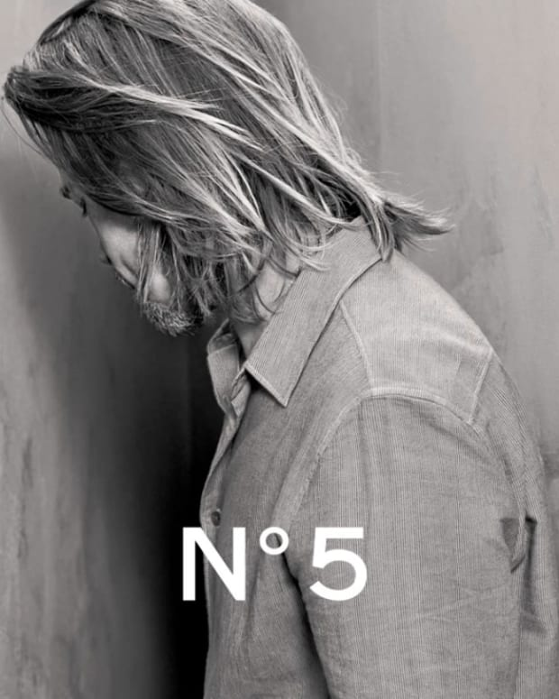Brad Pitt_Chanel No 5 teaser photo