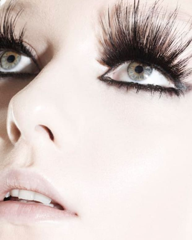 FalseLashes_Beauty_image courtesy of MAC Cosmetics