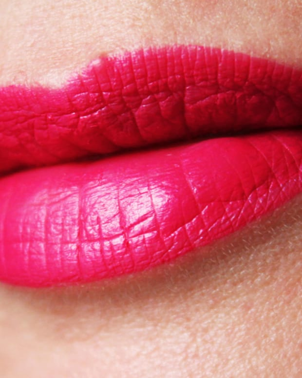 Wet n Wild Mega Last Back to the Fuchsia liquid lip colour