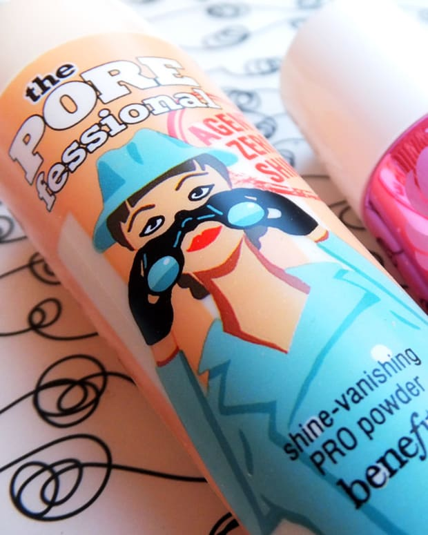 Benefit January 2014_Benefit The Porefessional Agent Zero Shine and Benefit Lollitint