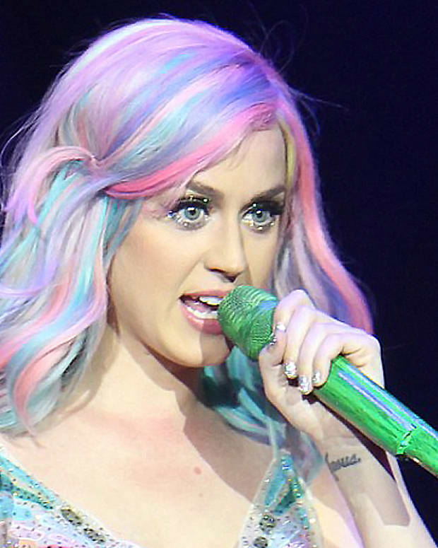 Katy Perry prismatic nails how-to video_Katy Perry exact nails_Prismatic World Tour