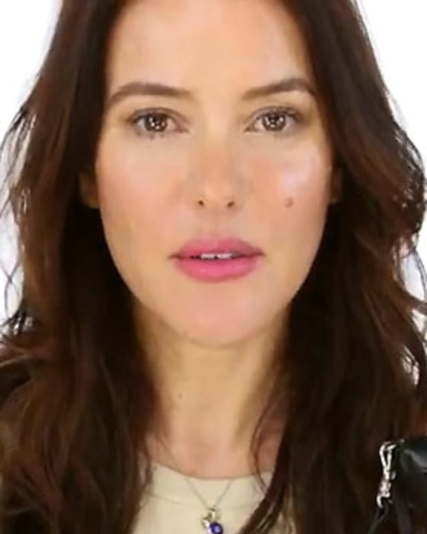Lisa-Eldridge_Long-Haul-Flight-Beauty-Regimen.jpg