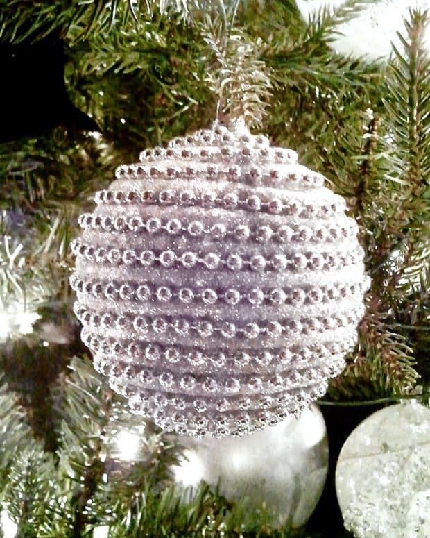 Trump tree ornament.jpg