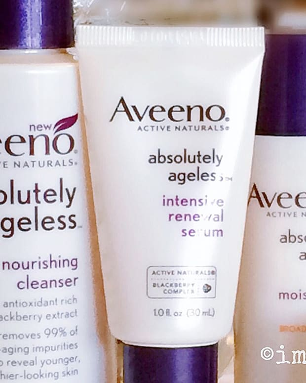 Aveeno Absolutely Ageless_elastin boosters