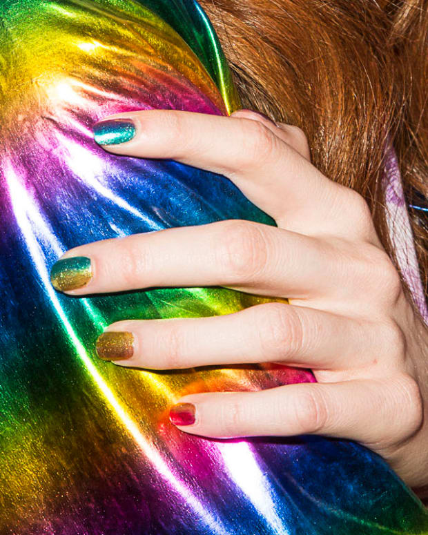 essie silk watercolor rainbow ombre mani_hayley elsaesser ss 2016