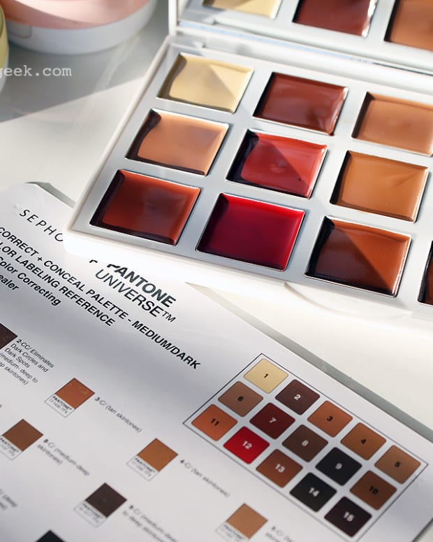 simplifying color correcting_Sephora Collection Sephora + Pantone Universe Correct + Conceal Palette