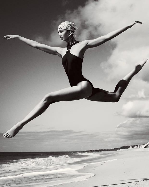best-legs-throughout-history-karlie-kloss-2010s_crop.jpg