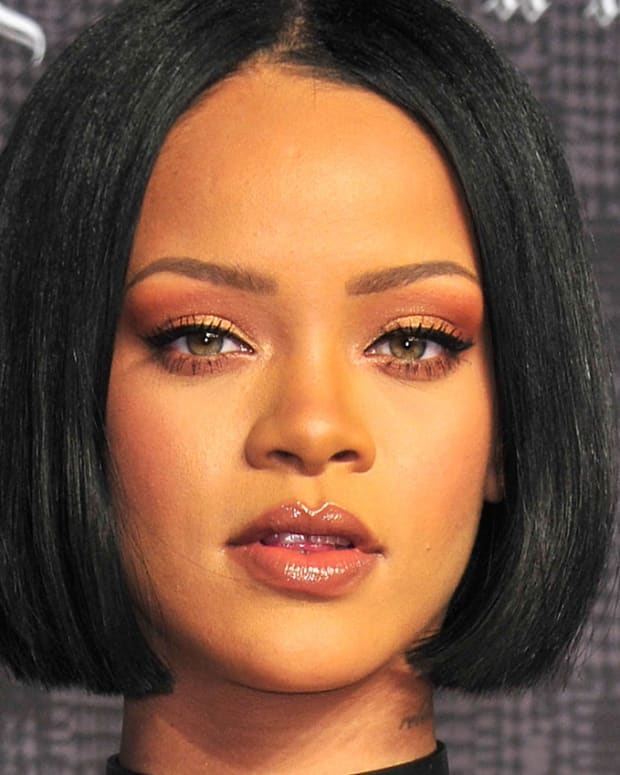 Rihanna_Fenty Beauty by Rihanna