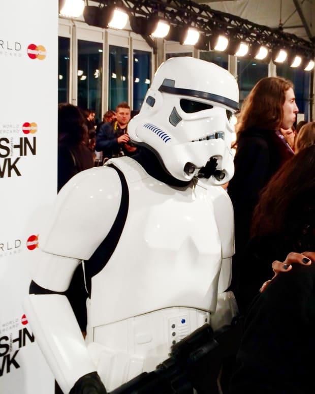 stormtrooper grooming