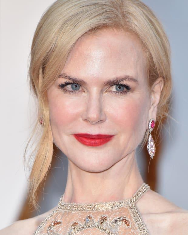 Nicole Kidman_Oscars 2017 red-carpet makeup_crop