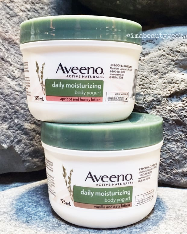 Aveeno Daily Moisturizing Body Yogurt body lotions in Apricot & Honey and Vanilla & Oat