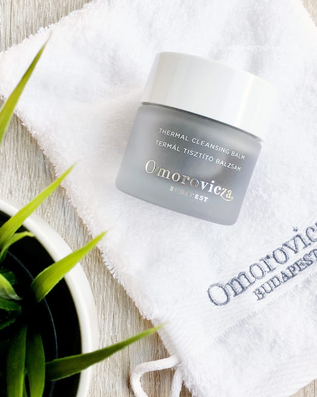 Omorovicza Thermal Cleansing Balm and Cleansing Mitt