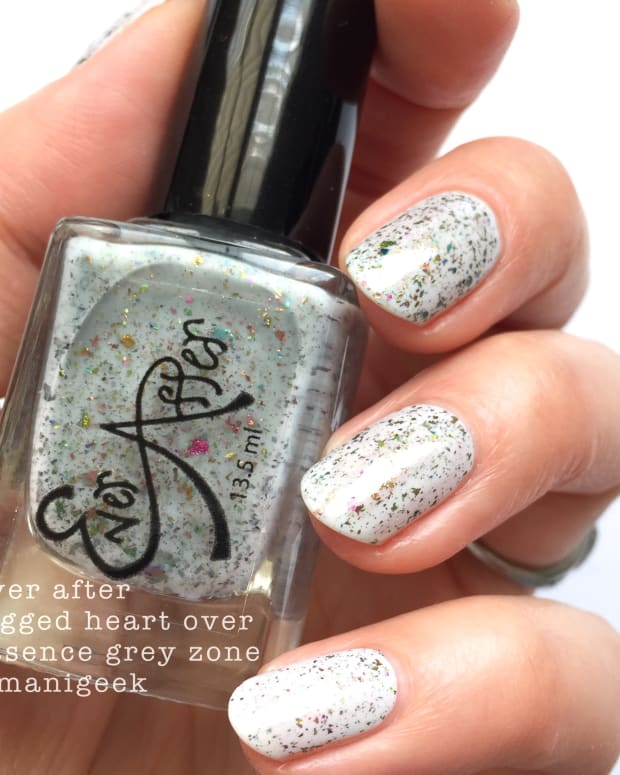 Manigeek 1000 Days of Untried Nail Polish Week 4 - Ever After Jagged Heart flakie
