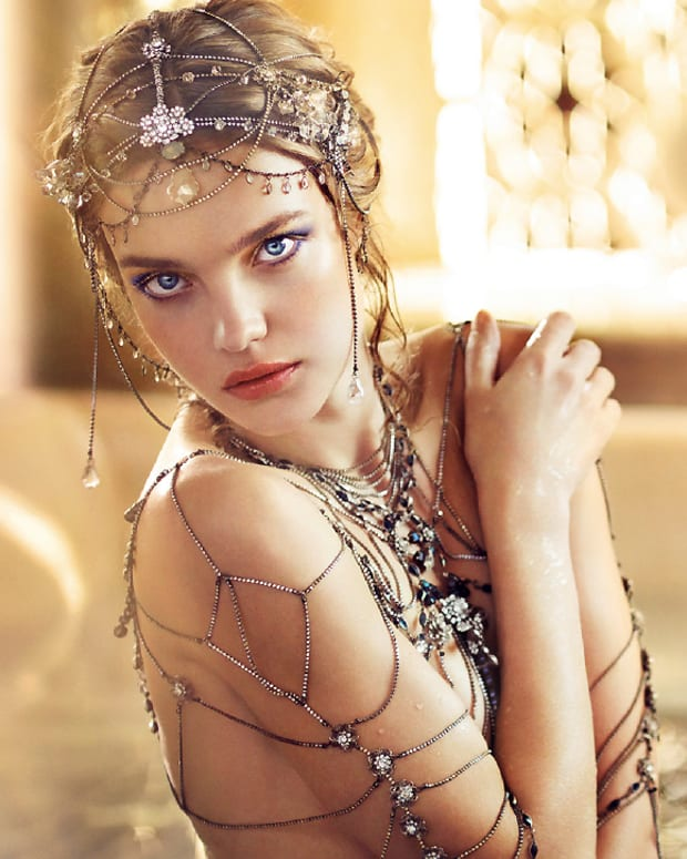Guerlain Holiday 2016 by Natalia Vodianova