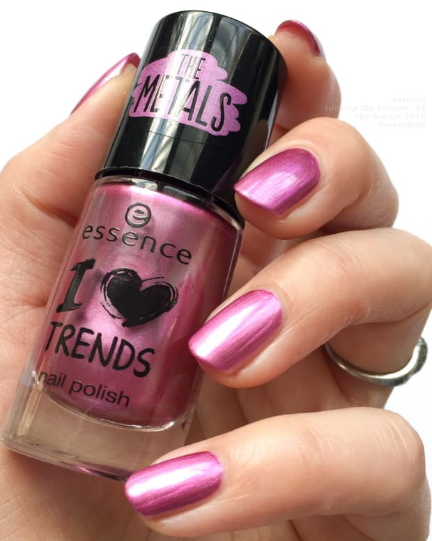 Essence The Metals I Heart Trends 2016 NOTD - Turn Up The Volume