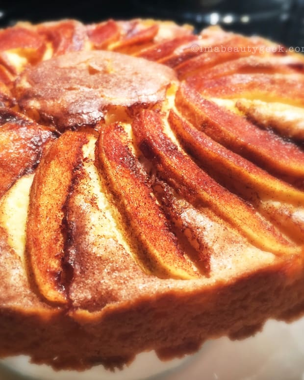 Manigeek's French Apple Cake