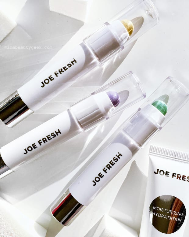 Joe Fresh Colour Correcting Crayons, Hydrating Primer and Cosmetic Wedges-BEAUTYGEEKS