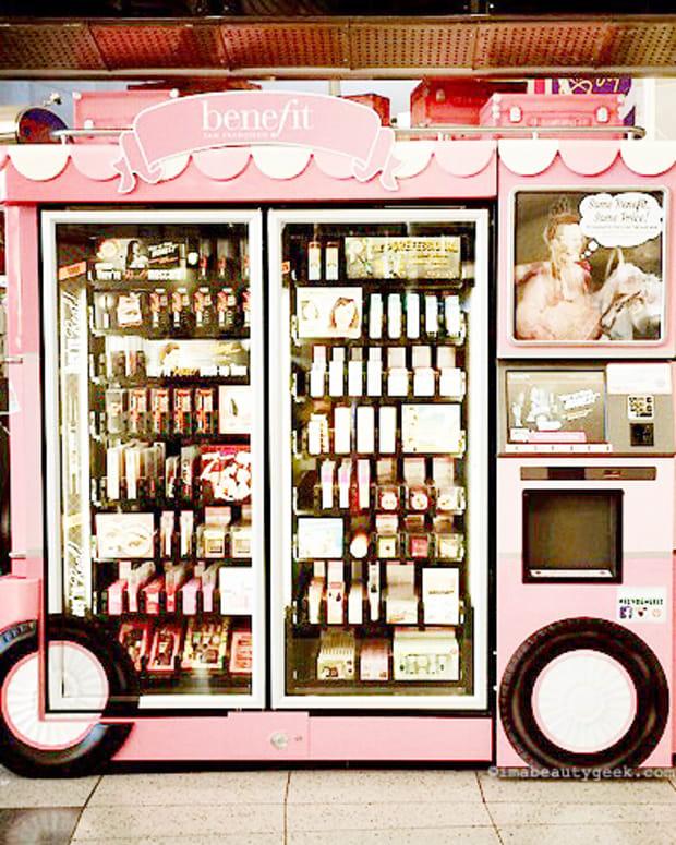 Benefit beauty vending machine self-serve automatic kiosk Las Vegas-BEAUTYGEEKS