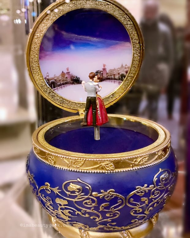 Anastasia The Musical music box souvenir