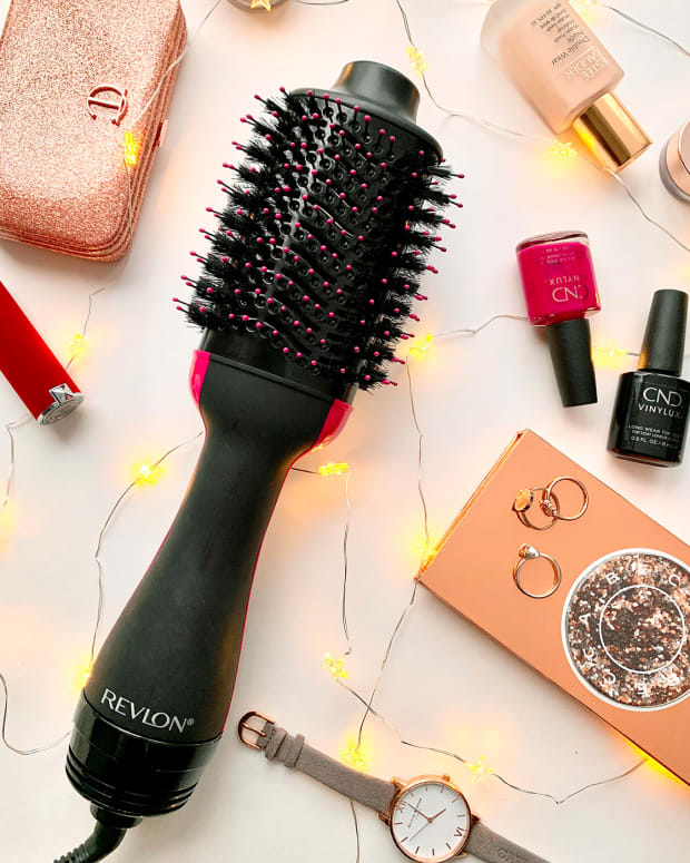 Revlon One Step Hair Dryer & Volumizer giveaway promo image