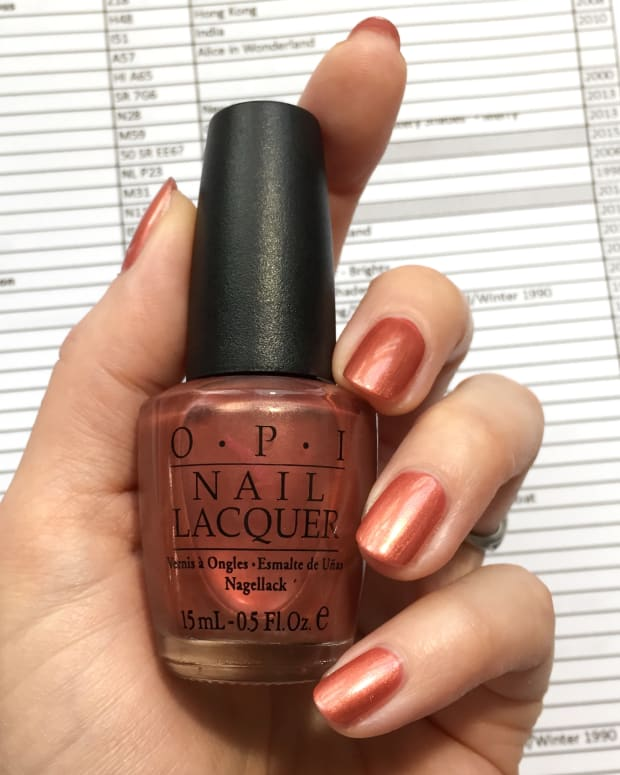 OPI Marquis D'Mauve NL E11 European Collection 2002