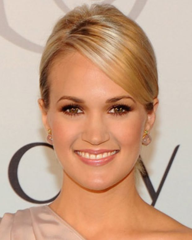 Carrie Underwood for Olay