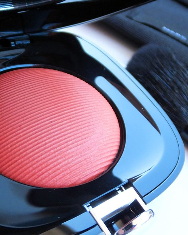 Marc Jacobs makeup_Marc Jacobs Beauty Shameless powder blush
