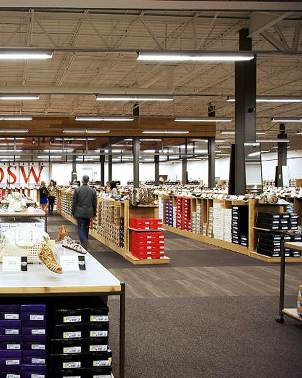 DSW shoes canada_big box stores opening in august 2014