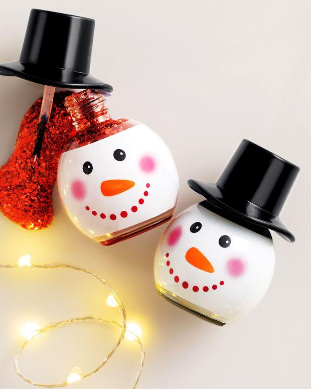 Avon Frosty'n Fab Glitter Nail Enamel