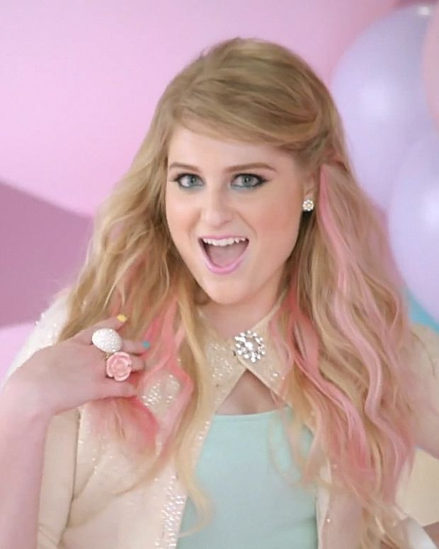 Meghan Trainor_All About That Bass_video snap